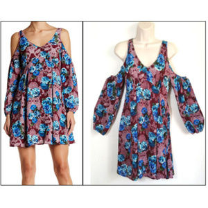 ROMEO & JULIET COUTURE Cold Shoulder Cutout Dress